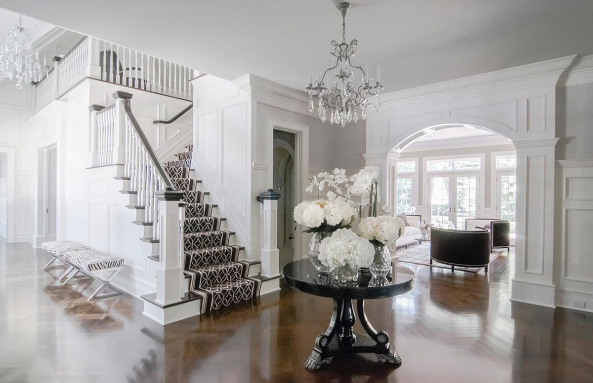 Grand Traditional White Foyer Interior Design