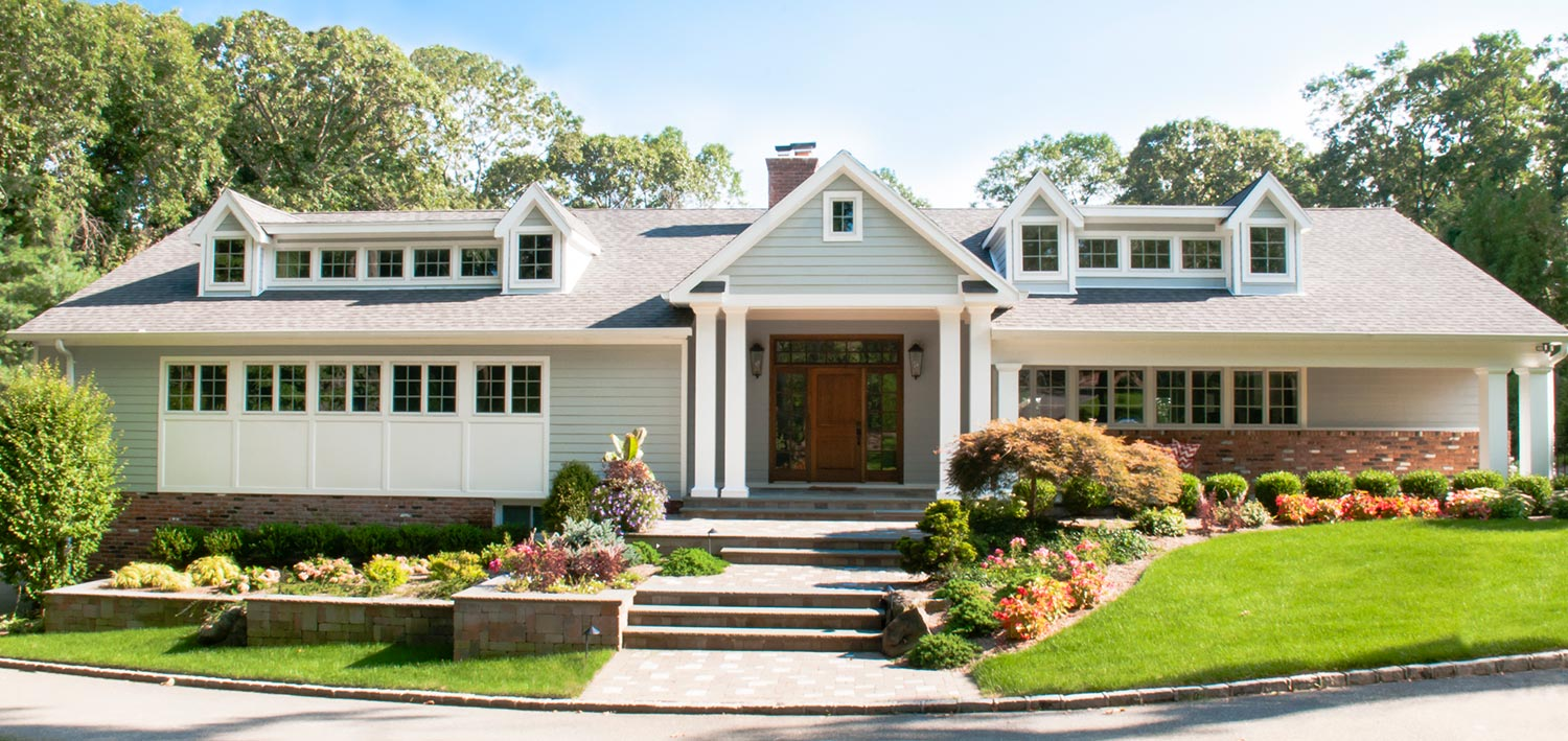 Huntington NY Traditional Gut Renovation Architects