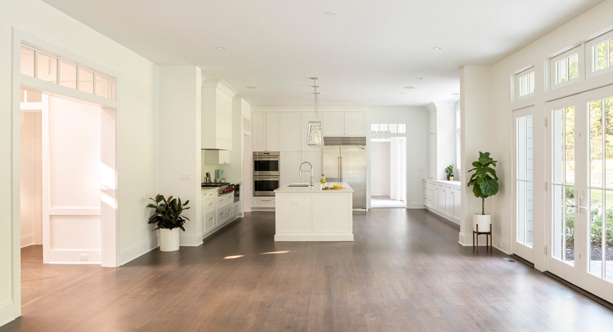 Custom Kitchen and Dining Interiors in New Long Island Home